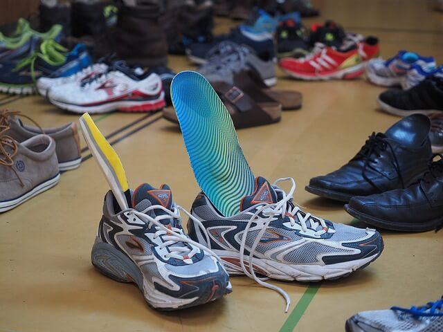 中敷きと靴