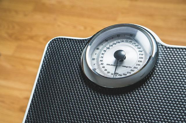 黒い体重計